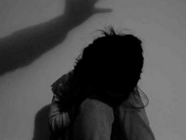 Bắt khẩn cấp đối tượng liên tục dâm ô bé gái 7 tuổi