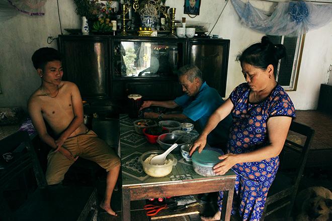 Kì lạ gia đình tay một ngón, chân như chân chim ở Hà Nam - 11