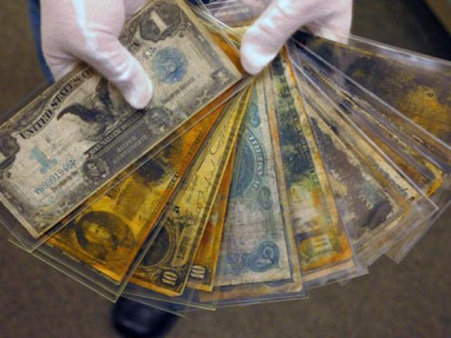Đấu giá trăm triệu USD các cổ vật trên tàu Titanic