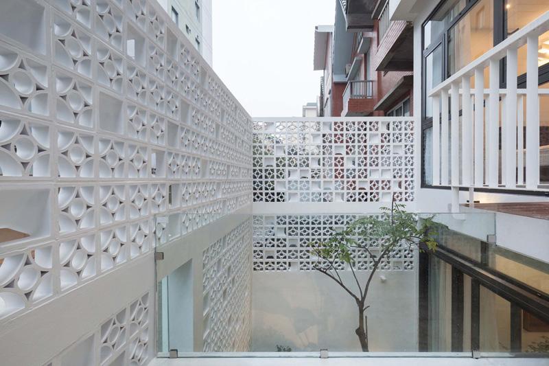 Ngôi nhà trắng tinh khôi ở Hà Nội được báo Mỹ xuýt xoa khen ngợi - 6