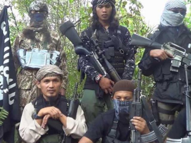 Phiến quân chặt đầu cảnh sát Philippines nguy hiểm ra sao?