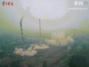 Video: Cả nhà máy nhiệt điện đổ sập trong vài giây ở TQ