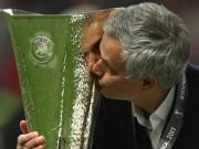 Bóng đá - MU vô địch Europa League: Chưa đủ tầm bá chủ nước Anh