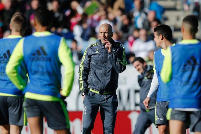 Real loạn trước chung kết Cúp C1: Ronaldo lo đi tù, đồng đội mải vui chơi - 3