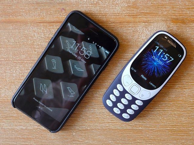"""Video: Nokia 3310 chạy """"ngon"""" sau 3 lần thả rơi - 3"""