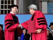Công nghệ thông tin - Ông chủ Facebook cuối cùng cũng tốt nghiệp đại học