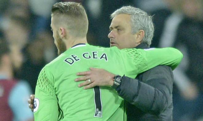"""Mourinho dùng De Gea làm """"mồi nhử"""": Câu 4 """"Sao bự"""" Real - 1"""
