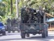 Video: Binh sĩ Philippines rút chạy hàng loạt vì xạ thủ IS