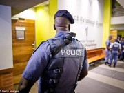 Thế giới - Nam Phi: Người đàn ông bị ba phụ nữ hãm hiếp suốt 3 ngày