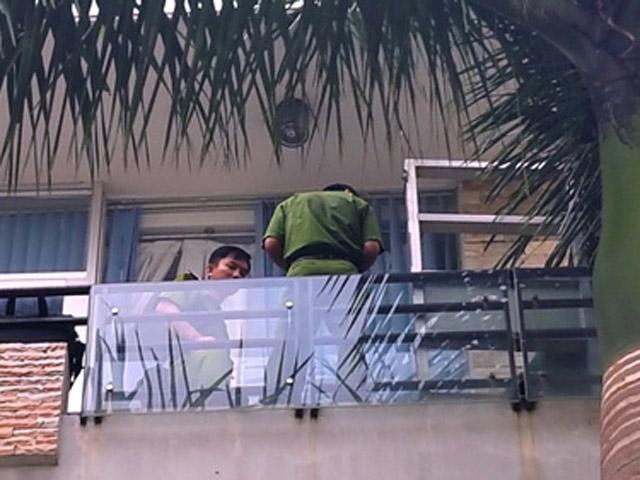 Người phụ nữ chết bí ẩn tại ban công căn nhà 5 lầu ở Sài Gòn