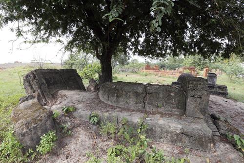 Cận cảnh những cổ mộ của danh tướng, bá hộ Sài Gòn xưa - 4