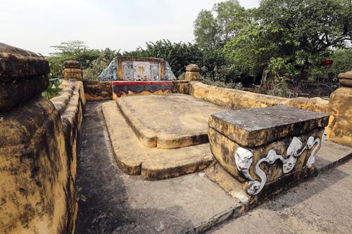 Cận cảnh những cổ mộ của danh tướng, bá hộ Sài Gòn xưa - 8