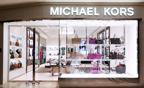 Từng được nhiều sao nâng như trứng, túi Michael Kors giờ ế bất ngờ! - 1