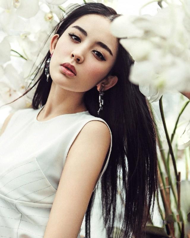 """Ngắm nhan sắc """"thoát tục"""" của mỹ nữ đẹp nhất Mông Cổ - 2"""