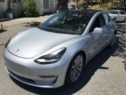 Tư vấn - Lộ nội thất Tesla Model 3 khiến nhiều người ngỡ ngàng