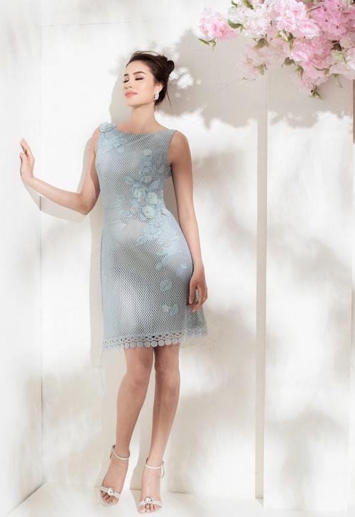 Sau bikini, Phạm Hương chào hè bằng loạt váy nhìn thấu - 3