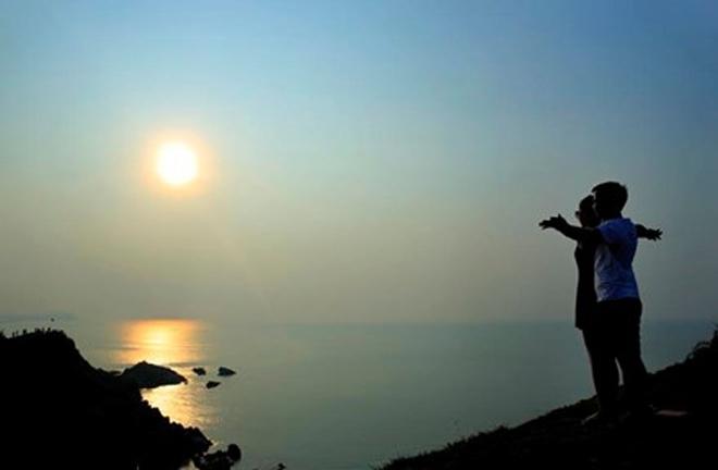 Bãi đá Móng Rồng - thung lũng tình yêu trên đảo Cô Tô - 5