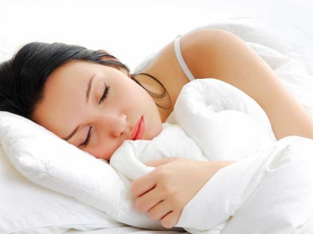 Ngủ ít hơn 6 giờ mỗi ngày tăng gấp đôi nguy cơ tử vong - 2