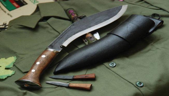 Siêu chiến binh một mình một dao hạ gục 40 tên cướp - 3