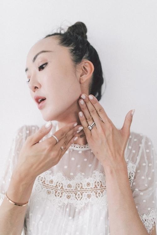 Nếu chưa biết bôi kem dưỡng đúng điệu, học ngay người đẹp gốc Hàn! - 5