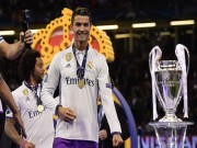 Fan MU vừa mừng vừa lo gặp Ronaldo và Real Madrid ở Siêu cúp