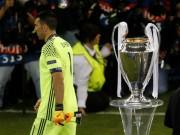 """Bóng đá - Real vô địch cúp C1: Nước mắt Buffon, """"thế lực đen"""" phá Juventus"""