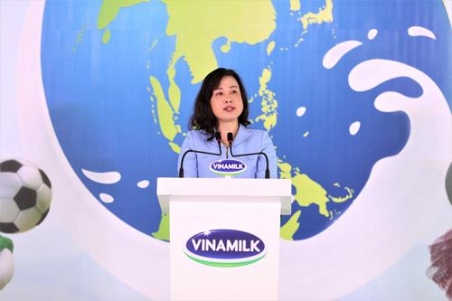 """Vinamilk đồng hành hưởng ứng Chương trình """" Ngày sữa thế giới"""" - 2"""