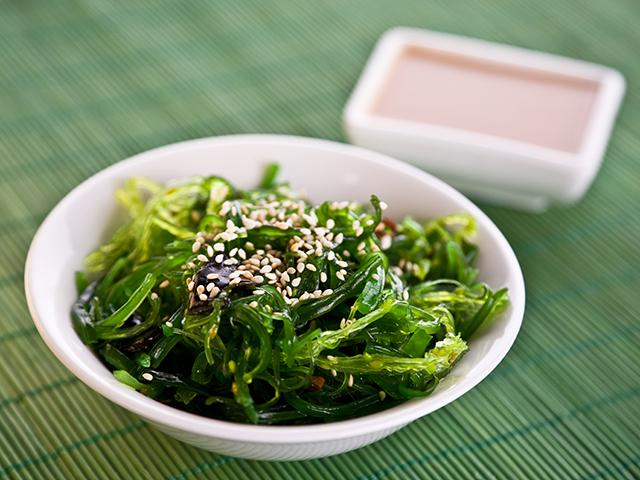 7 món ăn có thể giúp bạn chống rụng tóc - 7