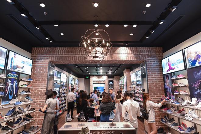 SKECHERS ưu đãi đặc biệt khi ra mắt Cresent Mall Tp.HCM - 8
