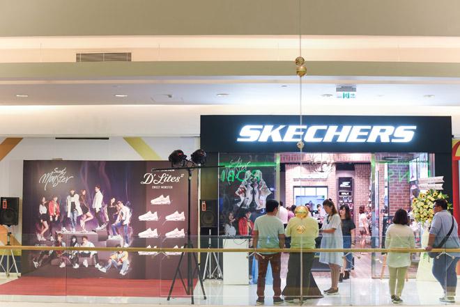 SKECHERS ưu đãi đặc biệt khi ra mắt Cresent Mall Tp.HCM - 1