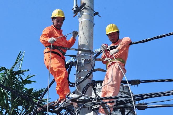 Nắng nóng kỷ lục, Hà Nội dừng toàn bộ lịch cắt điện - 2