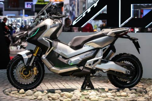 Honda X-ADV bán ở Việt Nam đắt gấp đôi Nhật Bản? - 1