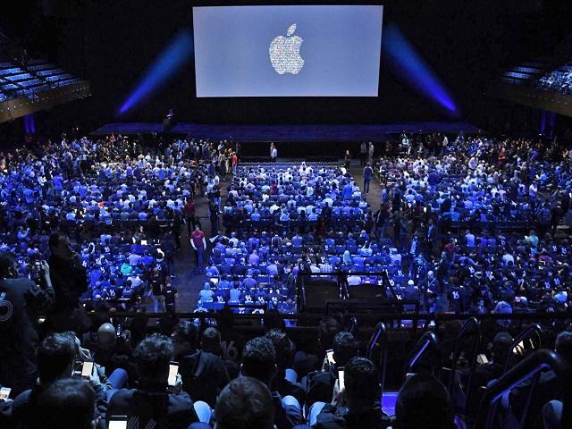 Apple tung video quảng cáo loa thông minh Home Pod - 2