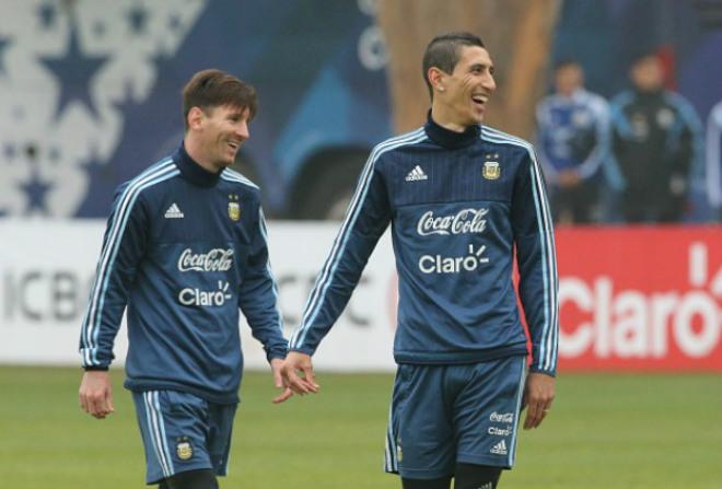 """Messi thúc Barca mua """"bom xịt"""" MU: Xây bộ tứ hủy diệt"""