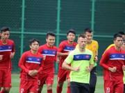 Lấy bóng đá trẻ Việt Nam  dạy  Singapore