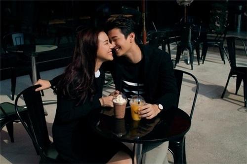 3 năm yêu cuồng nhiệt của Huỳnh Anh và bạn gái Á hậu - 1