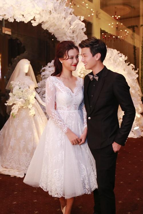 3 năm yêu cuồng nhiệt của Huỳnh Anh và bạn gái Á hậu - 9