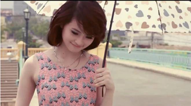 """Hotgirl Ngọc Miu """"biến hóa"""" trong MV của Đan Trường, Cao Thái Sơn - 2"""