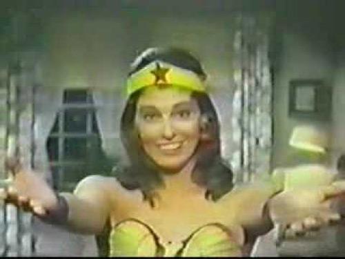 """Dàn mỹ nhân Wonder Woman """"không cần động thủ, kẻ thù xin chết"""" - 3"""