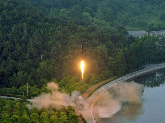 TQ lạnh nhạt với Triều Tiên, Nga xích lại và hưởng lợi? - 1