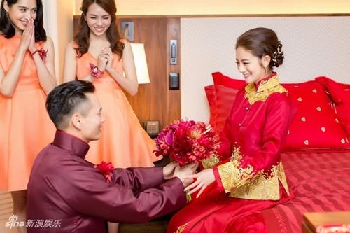 Mỹ nữ Tây Du Ký say đắm hôn tỷ phú USD trong lễ cưới chính thức - 14