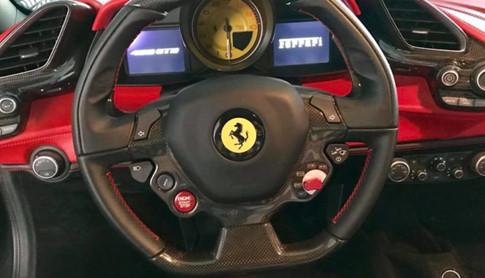 Ferrari 488 GTB của Cường Đô-la giá từ 10,6 tỷ đồng - 2