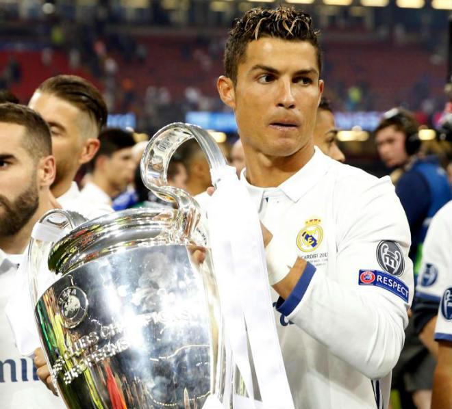 Đội hình hay nhất Cúp C1: Real Madrid góp 8 SAO, Barca chỉ có 1 - 1