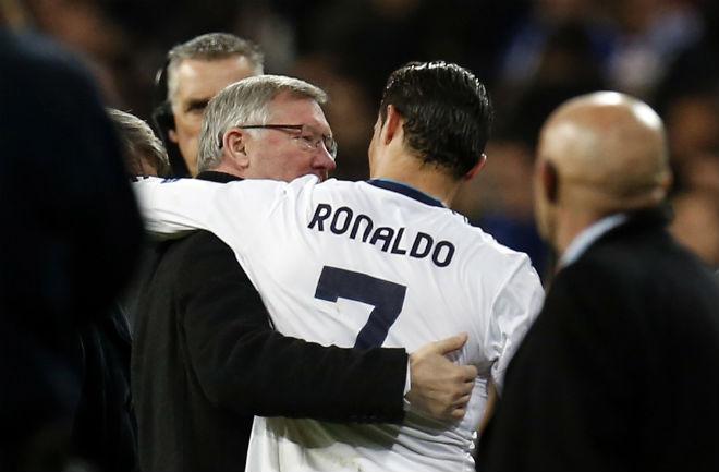 MU - Mourinho muốn mua Ronaldo: Có phải trò đùa? - 2