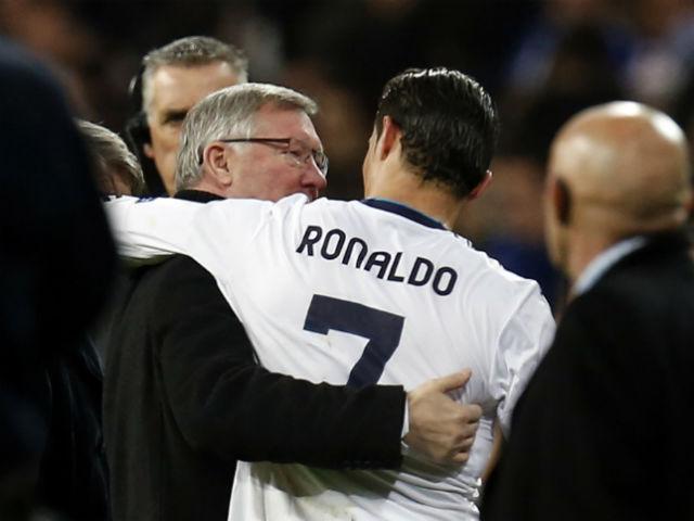 """MU giàu nhất 3,69 tỷ USD: Thầy trò Mourinho è cổ """"cày tiền"""" - 2"""