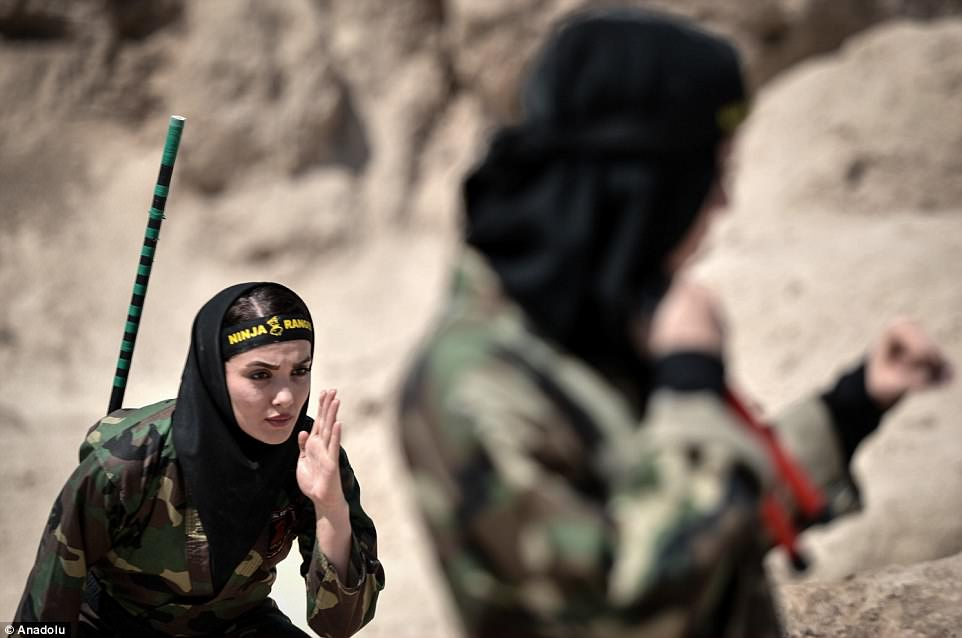 """Lò luyện 4.000 nữ ninja """"lấy mạng người dễ như bỡn"""" ở Iran - 2"""