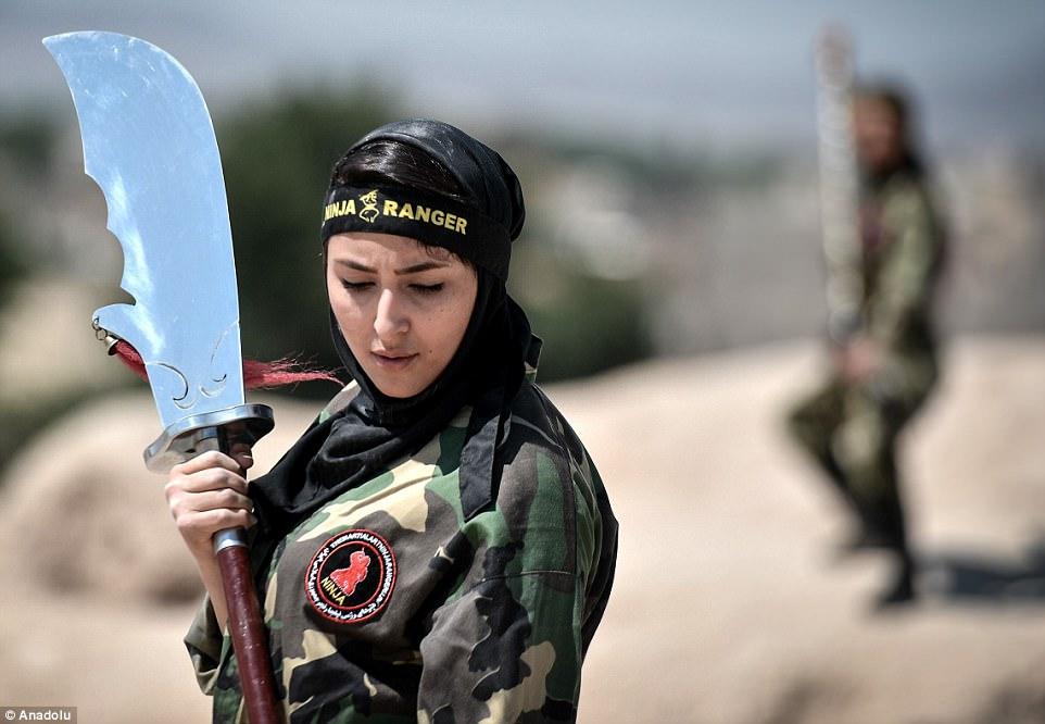 """Lò luyện 4.000 nữ ninja """"lấy mạng người dễ như bỡn"""" ở Iran - 3"""