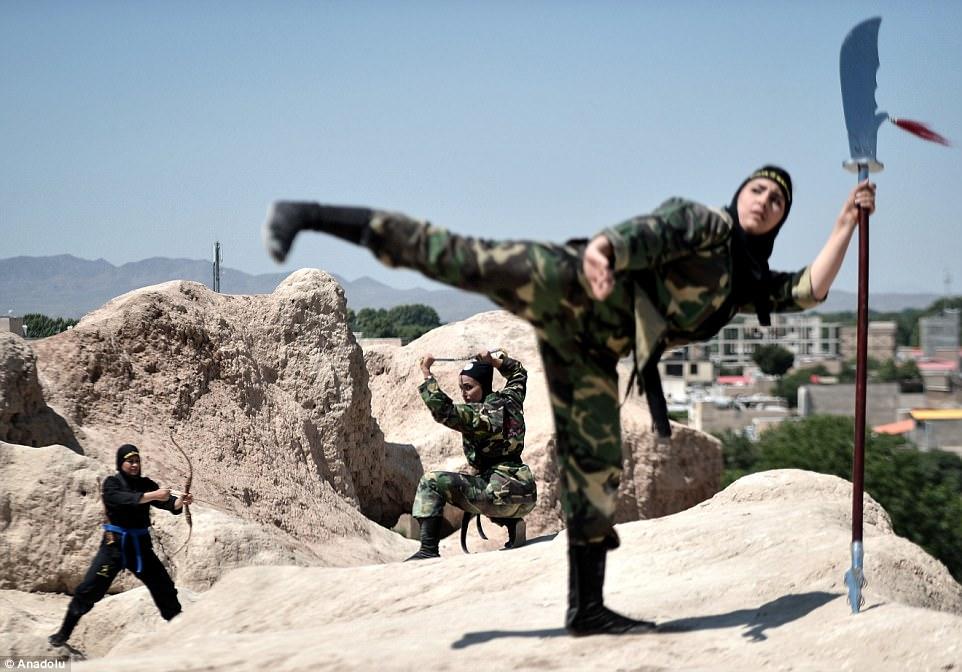"""Lò luyện 4.000 nữ ninja """"lấy mạng người dễ như bỡn"""" ở Iran - 6"""