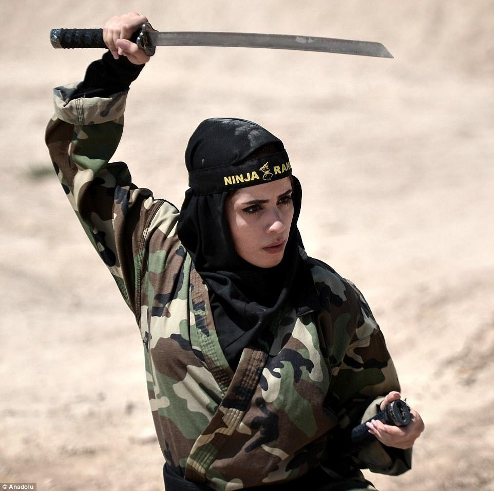 """Lò luyện 4.000 nữ ninja """"lấy mạng người dễ như bỡn"""" ở Iran - 9"""