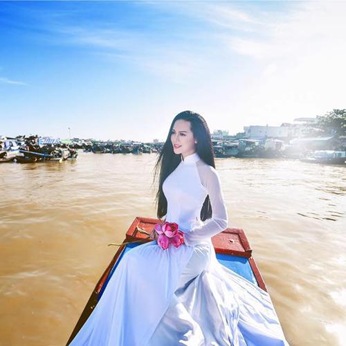 """Vẻ sexy của người đẹp Đà Nẵng vừa có đám cưới 10 tỷ với đại gia """"mía đường"""" - 9"""